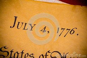 dichiarazione-di-indipendenza-degli-stati-uniti-con-la-bandiera-d-annata-58580412
